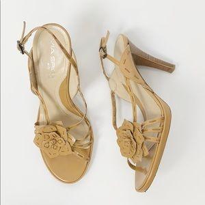 Via Spiga Nudge Heel with Flower Detail Size 7